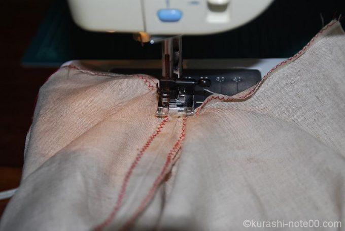 コの字に縫う