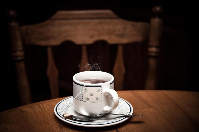 夜飲むお茶