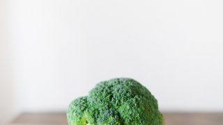 ブロッコリーの茎には栄養が豊富。むき方&ゆで方の基本とレシピ紹介