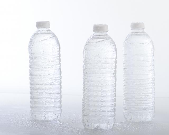 複数のペットボトル