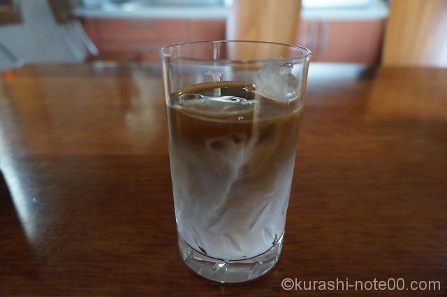 2層のアイスコーヒー