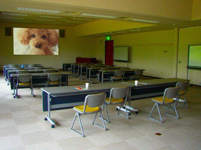 A1:フレーム枠(特殊)合成…会議室