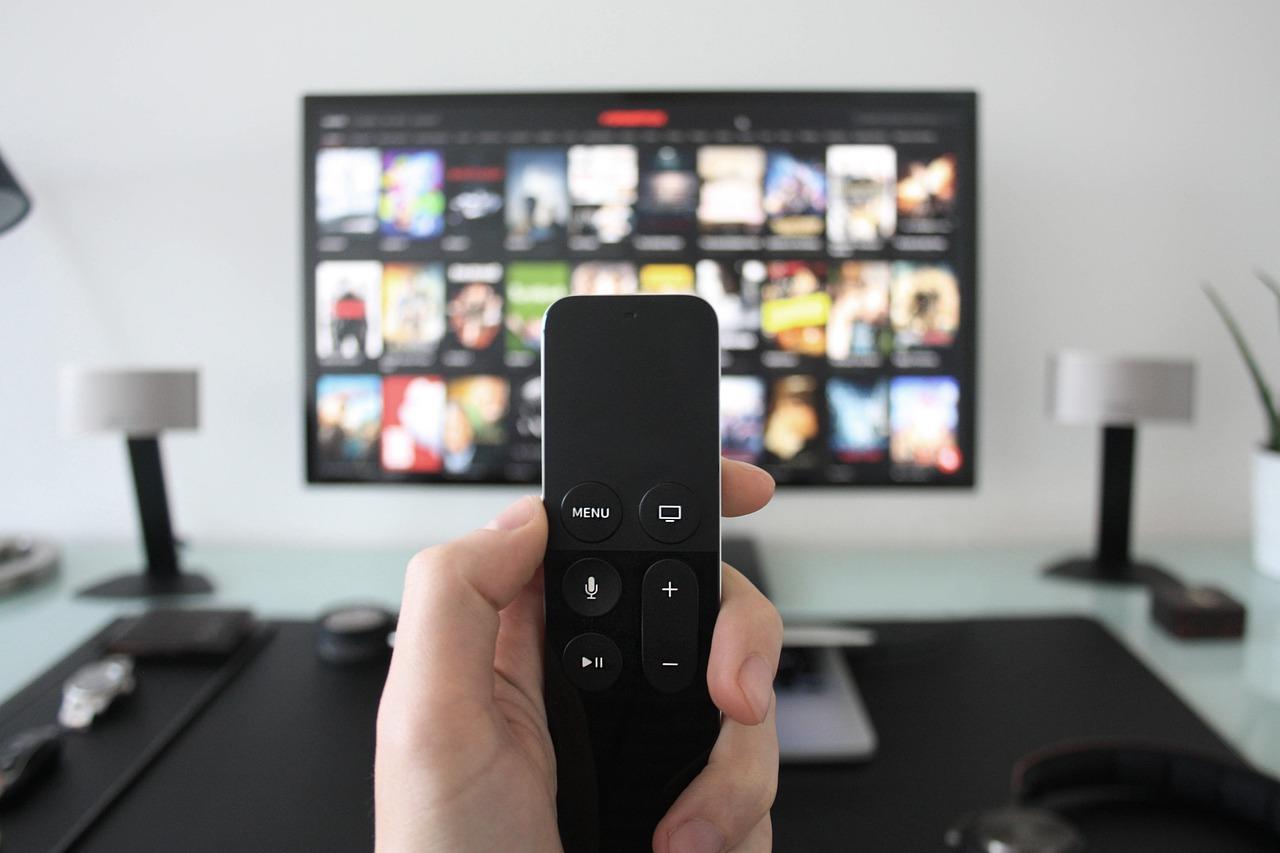 昔のドラマが見たい!動画配信サービスを無料で試してみよう