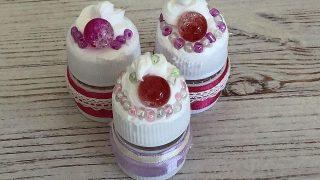 ペットボトルのキャップでミニ容器|紙ねんどでケーキのデコ
