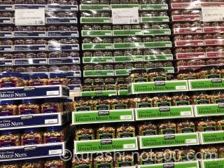 コストコのナッツ陳列棚