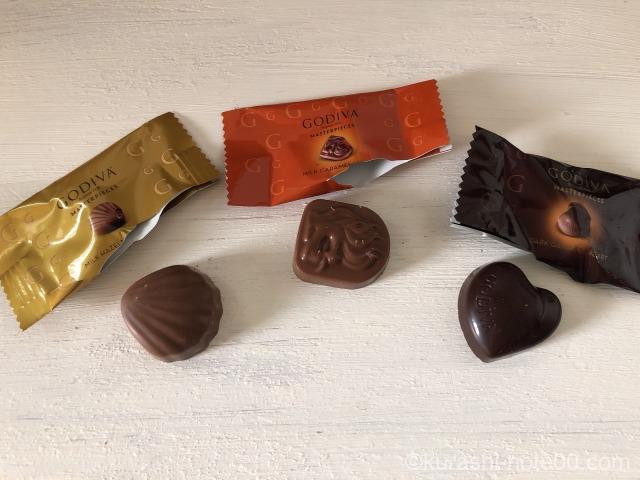 GODIVAチョコレート3粒