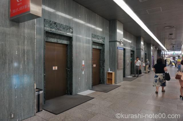 福岡ビル1階エレベーター