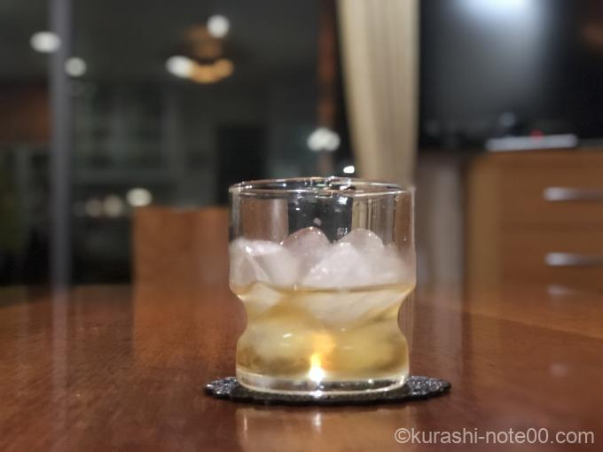 ウィスキーのロック