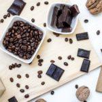 ダイエット女子は我慢…我慢…チョコレートは食べてはいけないの?