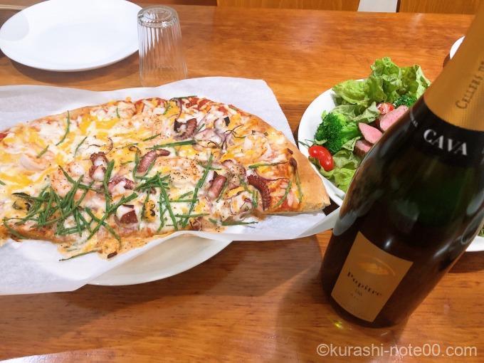 ピザ&スパークリングワイン