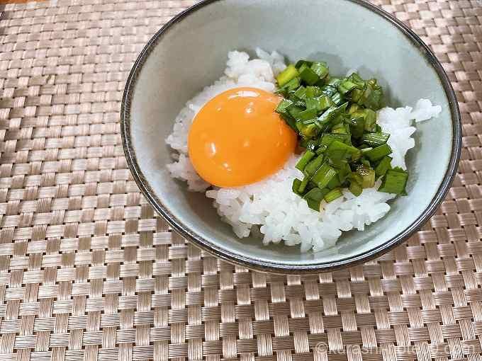 ニラ醤油卵かけご飯