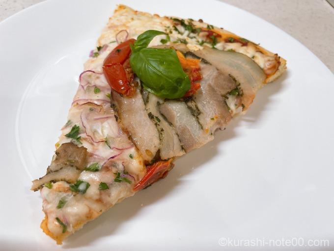 丸型ピザポルゲッタを焼いたところ